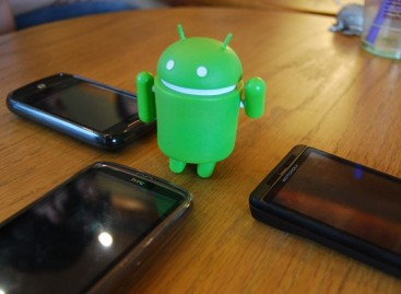 Philippine Android Community Meets  At Centris Walk
