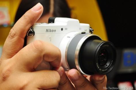 ElectroWorld & Nikon Introduce The V1 & J1 Compact System Cameras For PHP 32k/44k