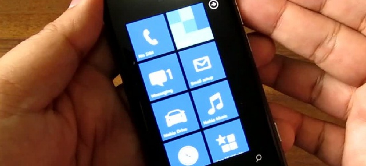 Nokia Lumia 800 Epic Unboxing–1.4Ghz Windows Phone 7.5 Device (Video)