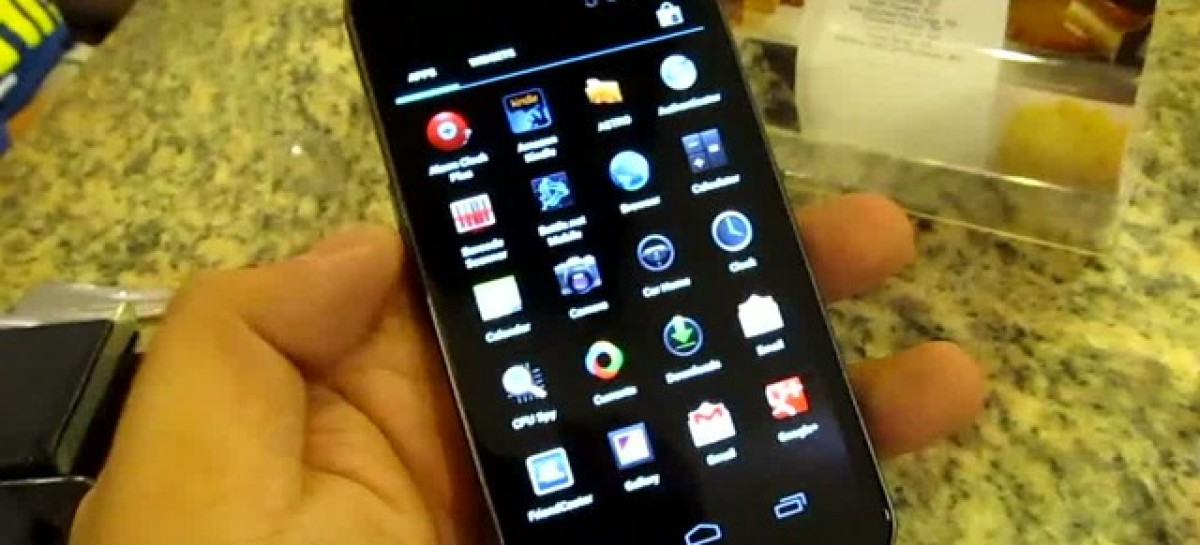 Samsung Galaxy Nexus Preview–Android 4.0 & Gorgeous HD Screen; Smart Exclusive