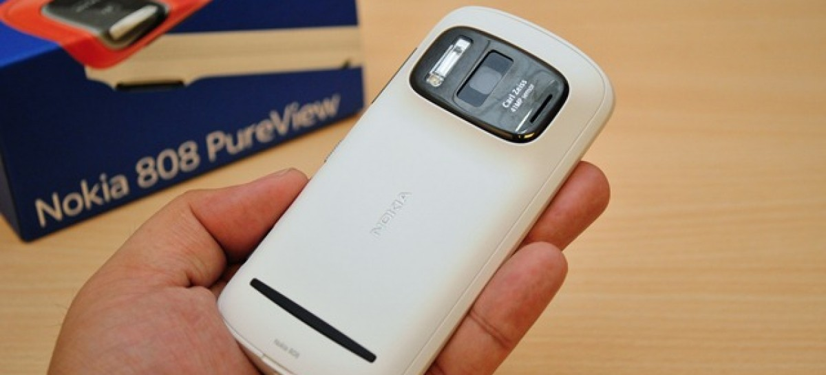 Nokia 808 PureView Unboxing–41 MegaPixel Symbian Belle Cameraphone For PHP 26,550